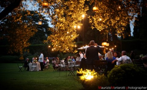 Matrimonio sul prato di Villa Oltre il Giardino