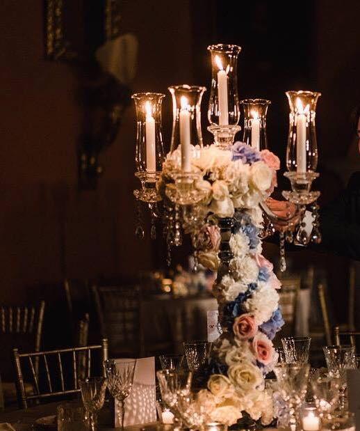 allestimento con candelabri in cristallo
